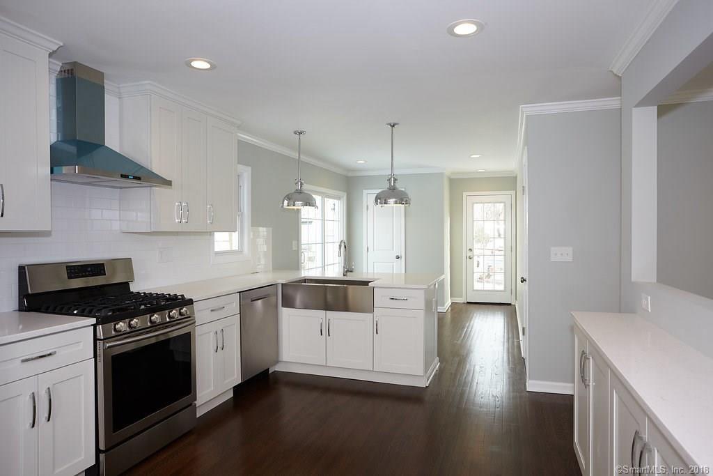 134 Overlook Ave Fairfield kitchen 1