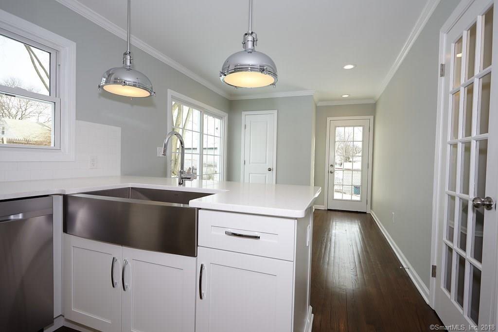 134 Overlook Ave Fairfield kitchen 7