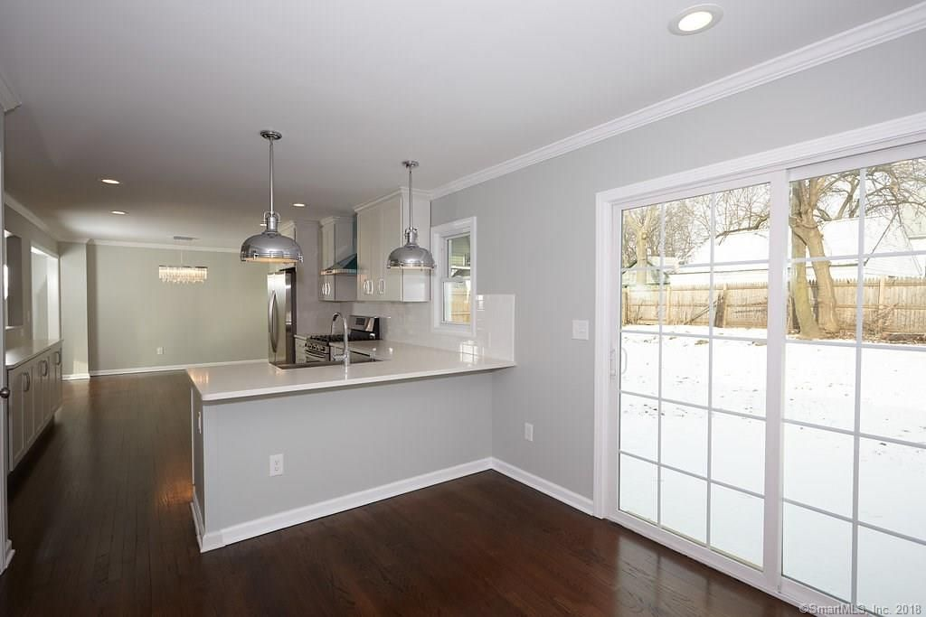 134 Overlook Ave Fairfield kitchen 8