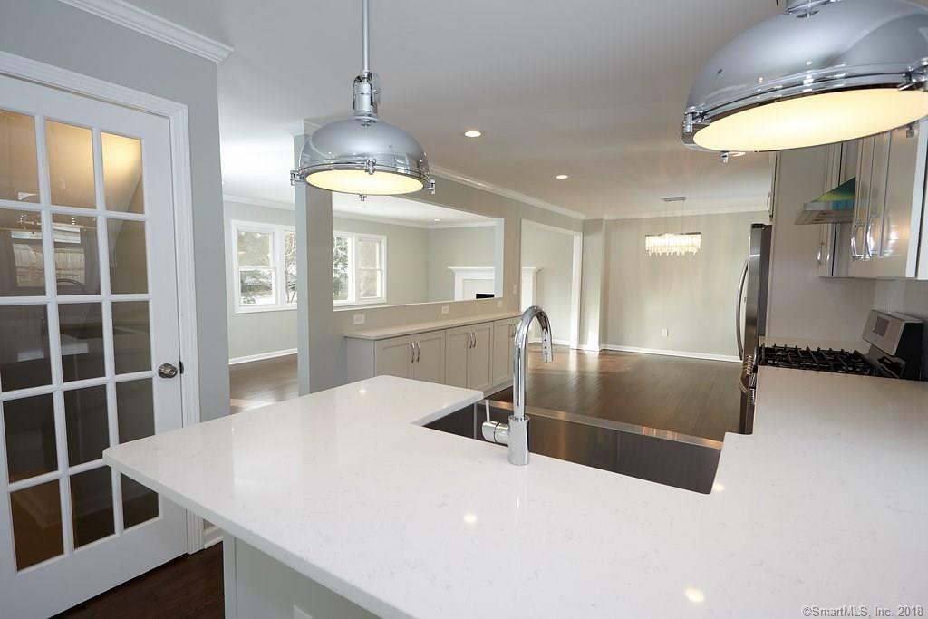 134 Overlook Ave Fairfield kitchen 9