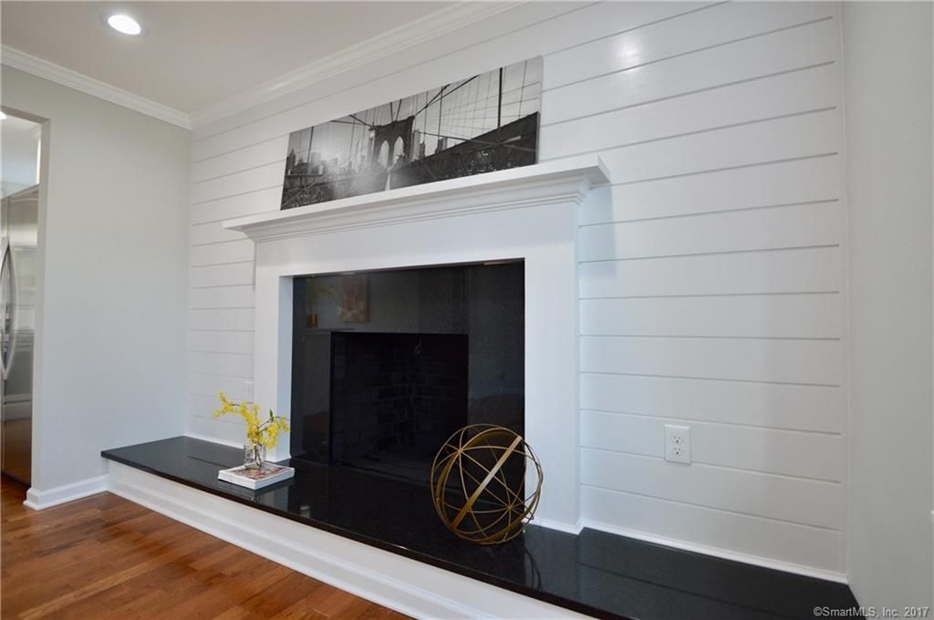 255 Albright Ave Stratford Fireplace